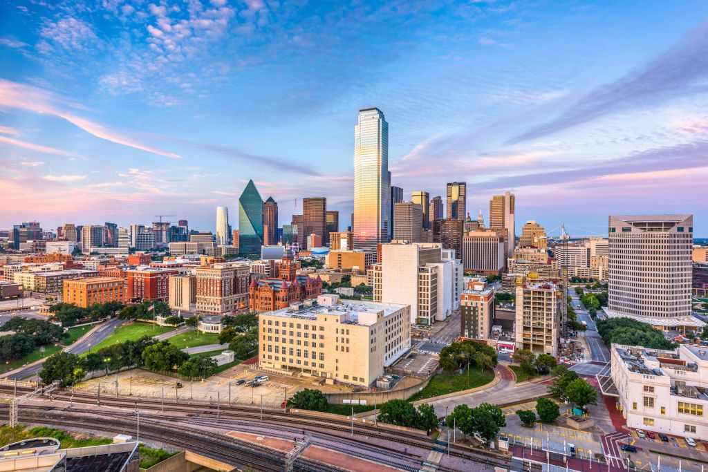 How to Sell a Company in the Dallas-Fort Worth Area